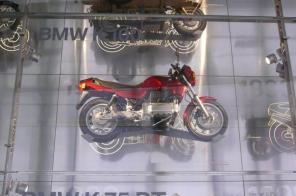 moto-bmw044